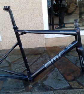 """Cuadro BMC SLR01 talla 58"""" 2015"""