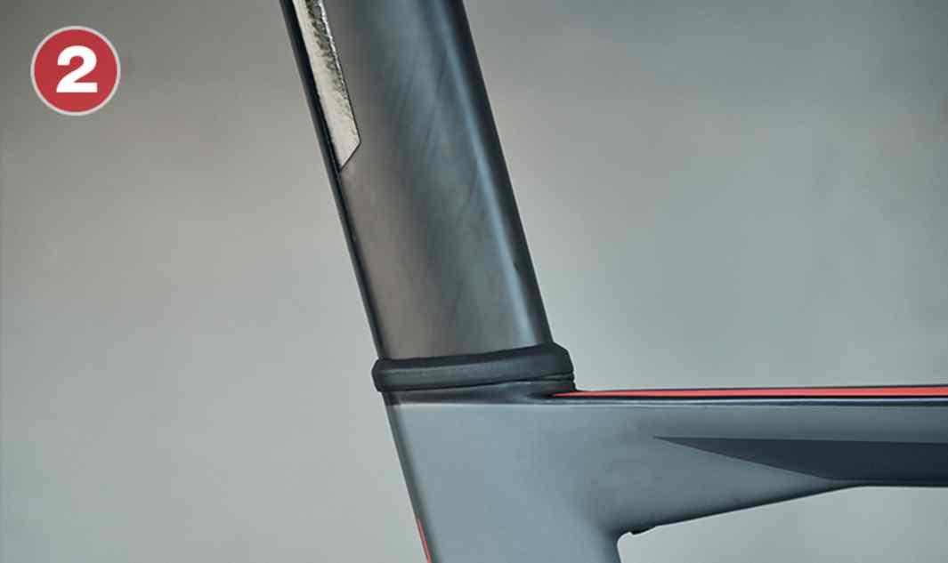 Tija de sillín Aero Aerodinámica gracias a su perfil de cola Kamm, la tija de sillín Aero proporciona un amplio rango de ajustes