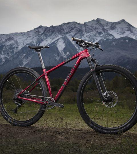 Bicicleta Trek Procaliber 9.7 SL 2019 Color Rage Red