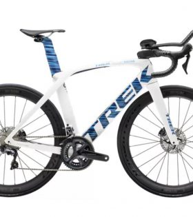 Bicicleta Trek Madone Speed Disc 2020 color Voodoo Trek White/Blue